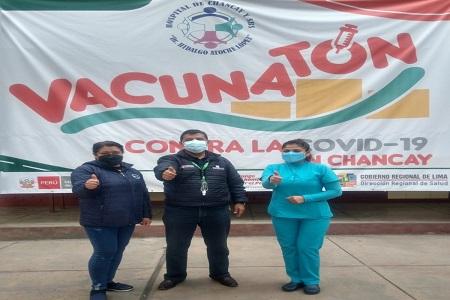 NOTA 079: DIRECTOR EJECUTIVO INSPECCIONA CENTRO DE VACUNACIÓN EN EL DISTRITO DE CHANCAY